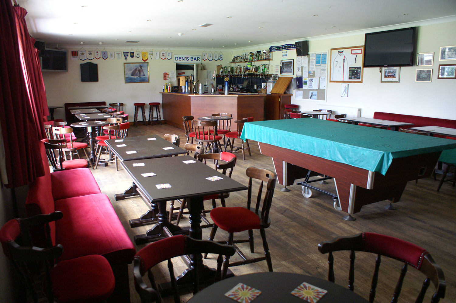 Cowes Sports Clubhouse